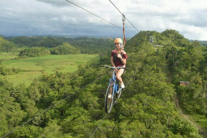 The chocolate hills bohol philippines zipline7