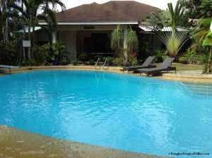 panglao-tropical-villas-bohol-pool-0004
