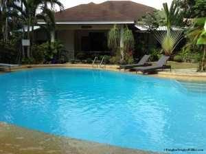 panglao-tropical-villas-bohol-pool-0004